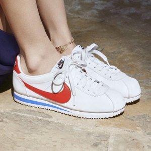 正价8折,收Air Force 1,阿甘鞋限今天:Nike 官网网络星期一大促 爆款运动单品特卖