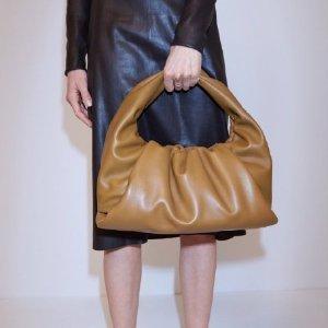 定价优势 直降$200收云朵包Bottega Veneta 新品热卖,时髦态度的体现