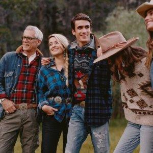 低至5折 收阿云嘎同款毛衣Ralph Lauren 打折季热卖 收经典polo衫、小熊毛衣