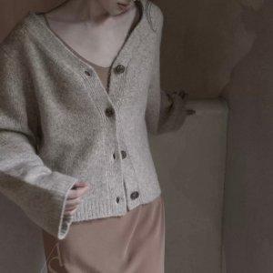 全场7折 €63收卡其色背心Toteme 北欧极简风 中性色调 高级优雅不过时 杨采钰超爱穿