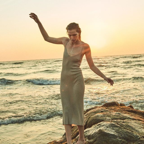 5折起  £58起新款连衣裙拿回家上新:AllSaints 小裙子夏季大促 超多好看款式等你挑  做不做小仙女由你定