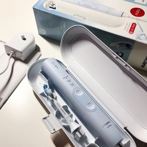现价 £79.99(原价£300)Philips 5100牙龈护理型电动牙刷