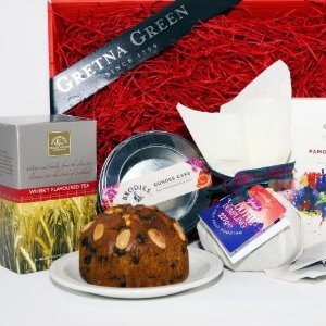 £46.75Dealmoon Exclusive: Gretna Green Tea and Cake Hamper Gift Box