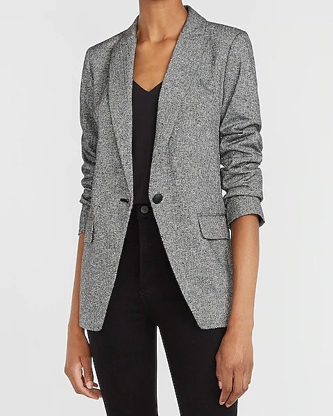 灰色西服外套