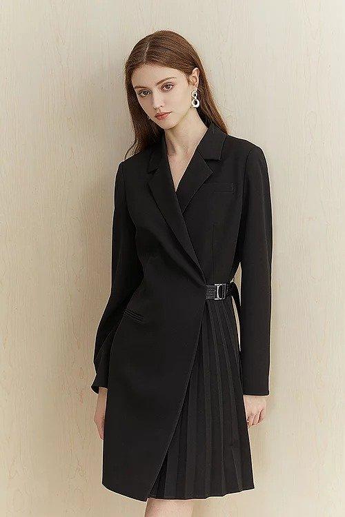 黑色不对称收腰西装裙
