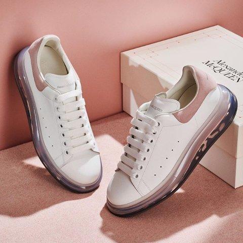 低至7.5折 小白鞋一律$400+手慢无:Alexander Mcqueen 小白鞋、厚底靴一年一度超低价