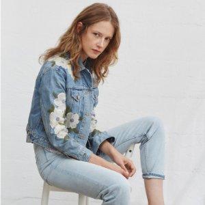 20% OffWith Full-Price Purchase Over $350 @ Rebecca Taylor