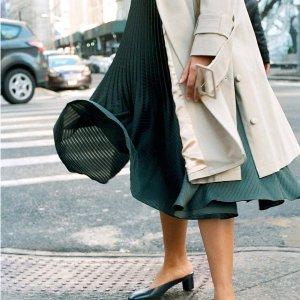 新品7.5折 裙摆飞扬Club Monaco 全场正价服饰促销