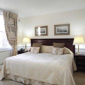 5.7折Lord Milner 伦敦精品酒店双人间一天一夜包早餐 低至£89  近威斯特敏斯特 白金汉宫