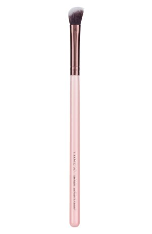 Luxie 207 Rose Gold Medium Angled Shading Eye Brush