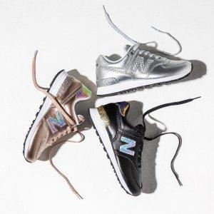 低至5折+额外8折 £26入运动鞋New Balance 夏季大促开抢 收复古经典鞋款327、574