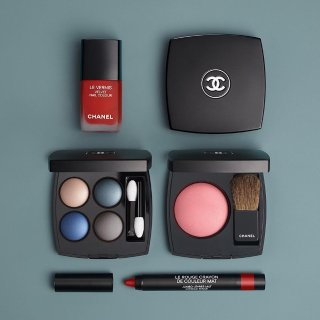 15% Offwith $150 Chanel Purchase @ Barneys New York