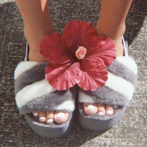 4折起!£17就收凉鞋UGG官网 夏季大促上新 收网红毛绒拖鞋 雪地靴反季囤