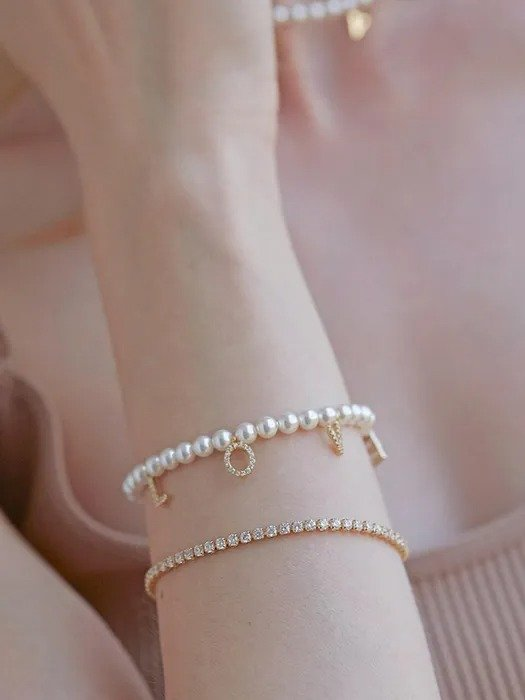 Love 吊坠珍珠手链