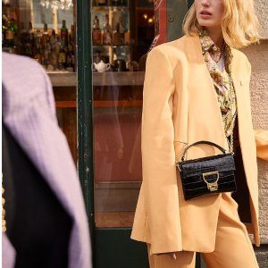 4.3折起 封面款锁头包€124Coccinelle 意大利小众品牌 品质堪比Celine 低至€98.9可收