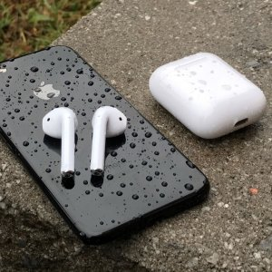 $199(原价$229)最后两天:Apple AirPods 无线蓝牙耳机