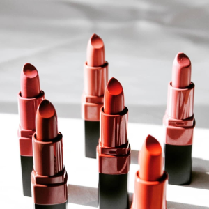 Dealmoon Exclusive!Up to $40 off + FREE Full Size Crushed Lip Color on Lip products @ Bobbi Brown