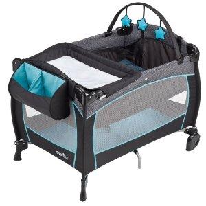 $99.99 (原价$149.99)Evenflo 便携式豪华婴幼儿游戏床6折