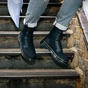 售价$61.94   叠加信用卡再减$30Dr. Martens 男士8孔马丁靴 叛逆感十足
