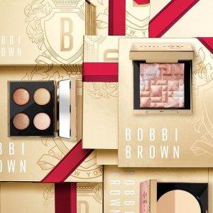 一律7折+送4件套 唇釉$39Bobbi Brown 史上最人气折扣区 树莓盘、精华唇釉玫瑰色等