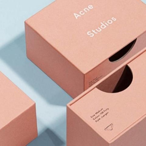 1.5折起+额外8.5折 粉色囧脸围巾罕见回货£110!上新:Acne Studios 全场美衣大促超强上新 超低价入极简风最好时机