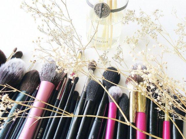 【化妆刷干货推荐】平民窟女孩的化妆刷装备