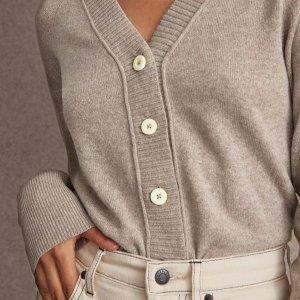 4折起+首单免邮上新:Everlane 毛衣精选 收高领款 圆领款 $50收羊绒毛衣