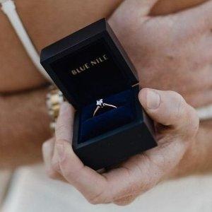 钻石系列低至5折+钻戒托额外8.5折独家:Blue Nile 绝美首饰热卖 甄选好礼 $42起