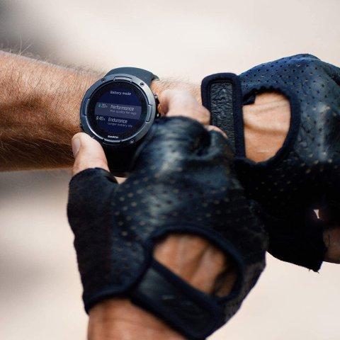 5.6折起Suunto颂拓 专业户外运动手表 80多项运动模式监测