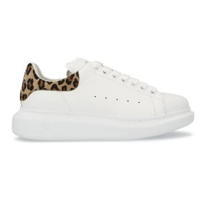 Alexander McQueen变相4.7折 HR定价$720新款豹纹尾小白鞋