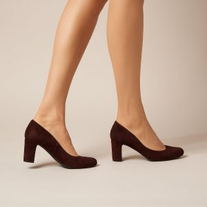 Sersha 麂皮中跟鞋