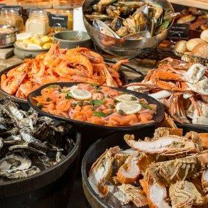 $52(原价$62)海味随你挑黄金海岸Waves Buffet 海鲜自助 美景与美食兼得