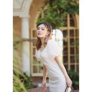 Mona White Puff 连衣裙