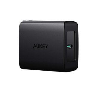 AUKEY USB C Charger with 27W Power Delivery 3.0