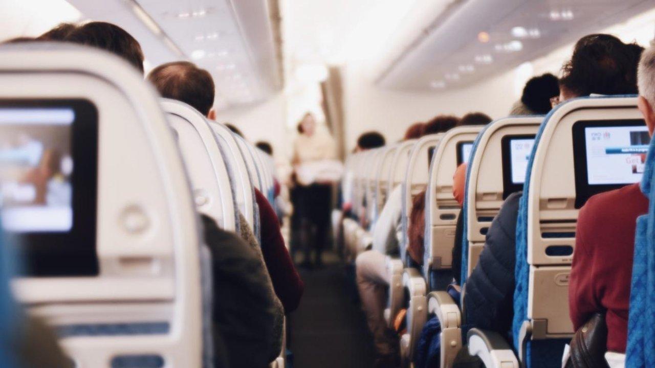 机票史低价查询攻略!回国or旅游必须查完再订票!