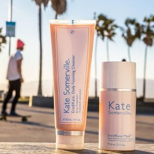 Free Face & Body Self Tanning Towelettes 8 pack ($48 value)With Any $85 Purchase @ Kate Somerville