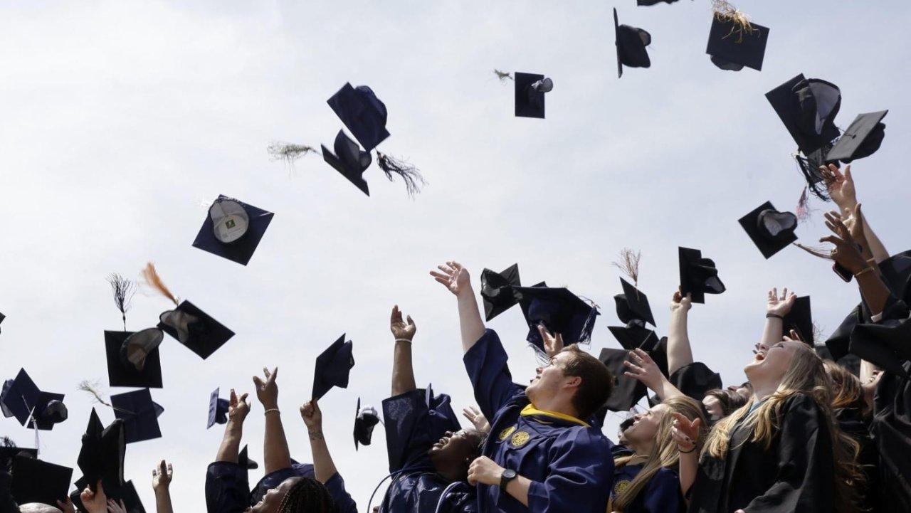 德国留学热门专业+学校 | 了解2021年热门专业及大学排名,提前掌握就业的敲门砖!