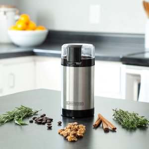 $18.98(原价$33.17)Black & Decker CBG110SC 咖啡豆+香料 研磨机