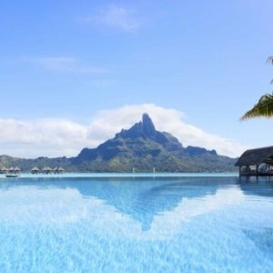 From $632 on United AirlinesSan Francisco to Tahiti RT Nonstop Airfare Sales @Skyscanner.com