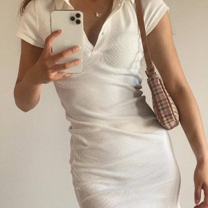 低至5折+叠8折Cotton on 澳洲清新小众设计 轻简美学 polo风开衩裙$14