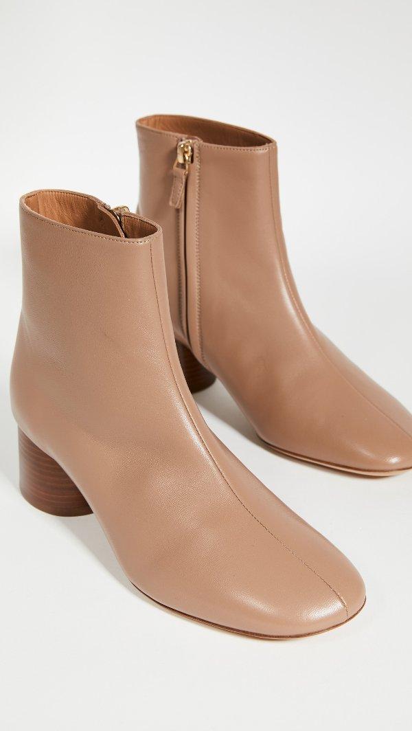 Soft 肉桂粉短靴