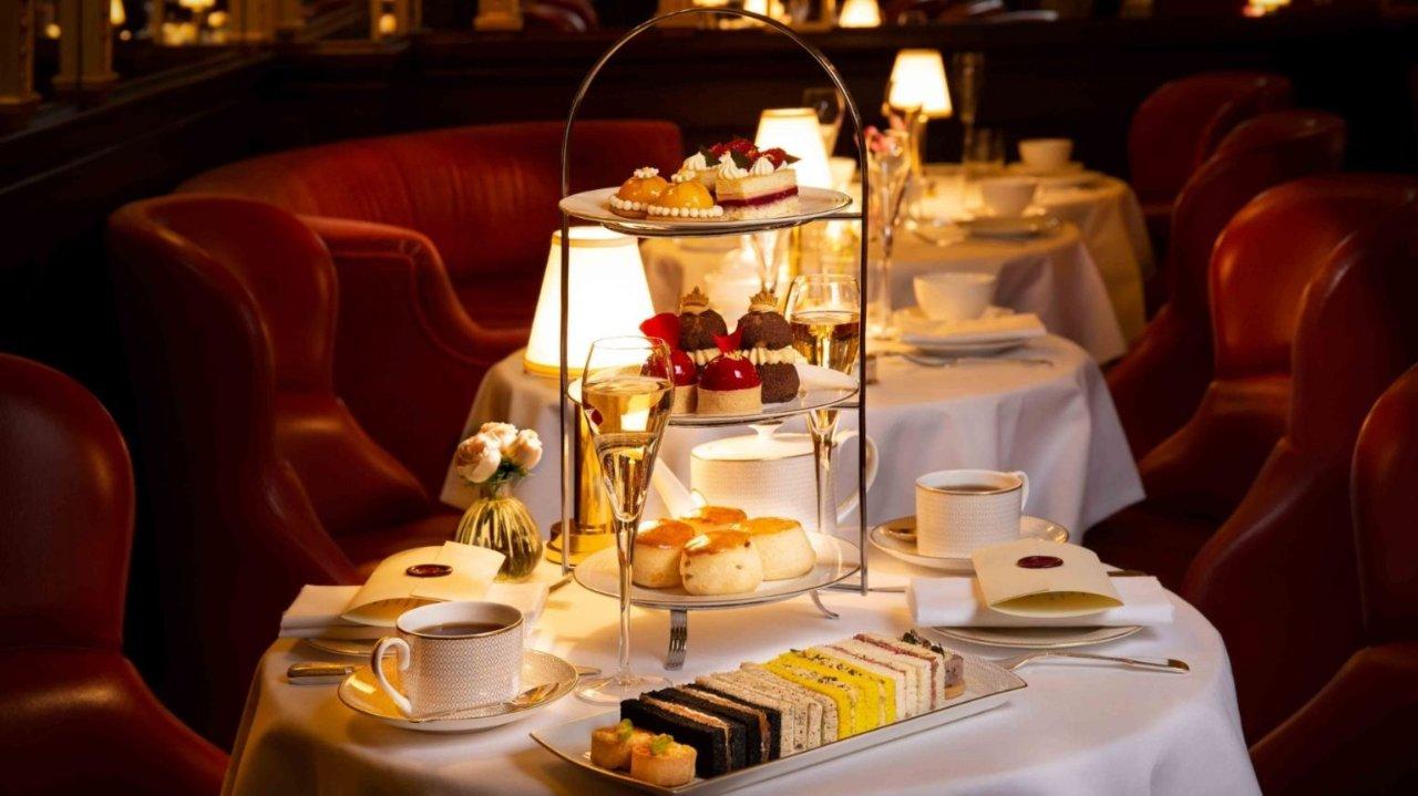 Afternoon Tea at Hotel Cafe Royal:我找到了爱丽丝仙境的入口