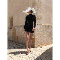 Jacquemus 白色遮阳帽(Christie Tyler同款)