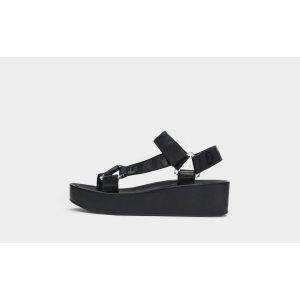 DKNY运动凉鞋