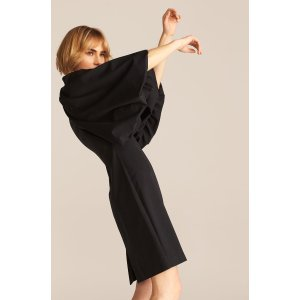 灯笼袖法式小黑裙