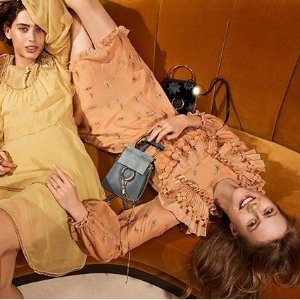 低至2折 £490收封面同款Faye闪购:Rue La La 夏季24小时闪促Chloe,Prada,Valentino都参加