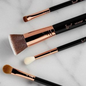 Extended: Extra 40% OffSitewide @ Sigma Beauty