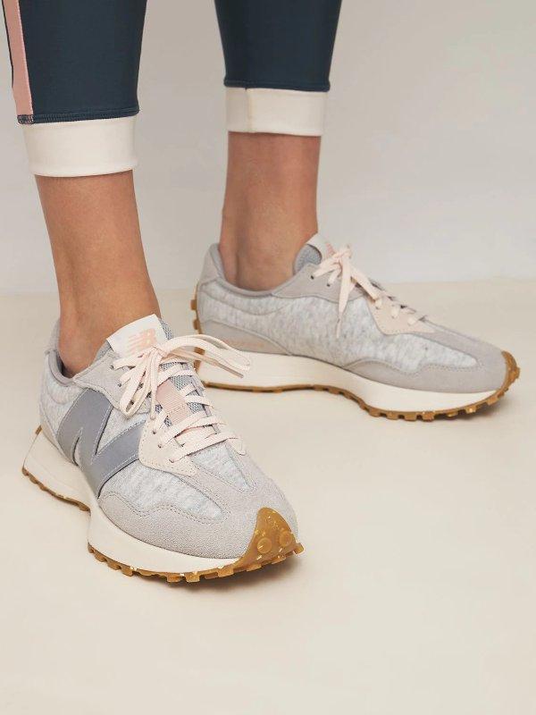 327 运动鞋