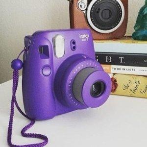 $69.99 (原价$89.99)Fujifilm instax mini 8 拍立得低价热卖,电音紫
