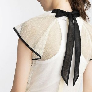 Up to 60% Off +Extra 20% OffRed Valentino Sale @ Farfetch